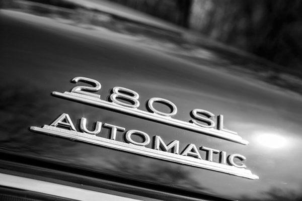 Mercedes 280 SL badge